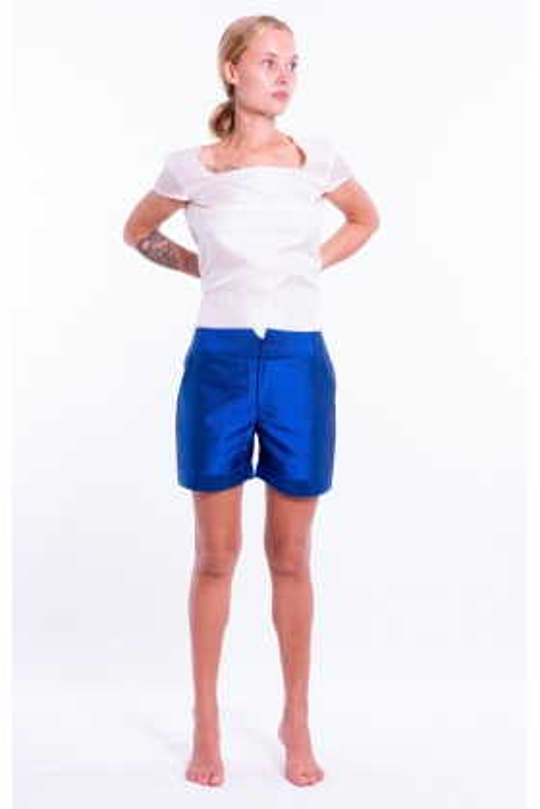 short bleu en soie naturel, devant