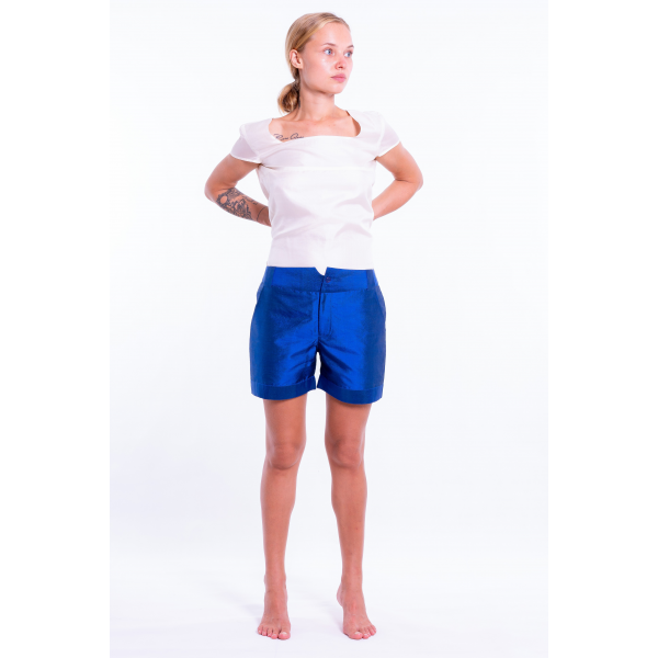 blue short in natural silk, front