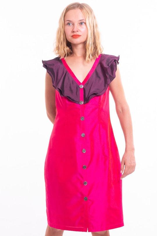 robe en soie naturelle rose et violet, col à volants, boutons de nacre, doublée de soie, fait main, devant
