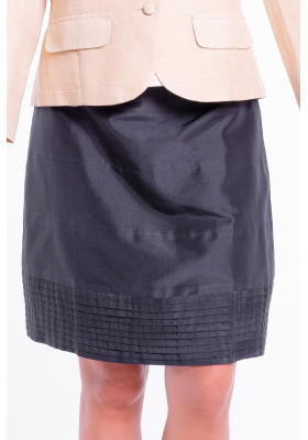 black natural silk skirt, tulip shape, 5 horizontal panels, satin ribbon on the belt