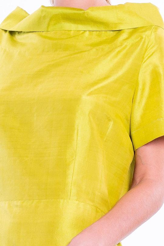 yellow, green short sleeves dress in natural silk, raised boat neckline, tulip-shaped, handmade in Cambodia